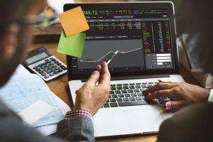 Ủy thác đầu tư chứng khoán – Cách giảm thiểu rủi ro cho NĐT nhỏ lẻ